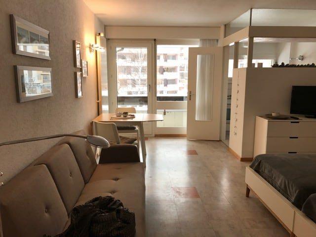 01- h- Appartement -1.5-chambres -Fortuna -220 Entrée- Loèche-les-bains- appartement -de -vacances-à -louer