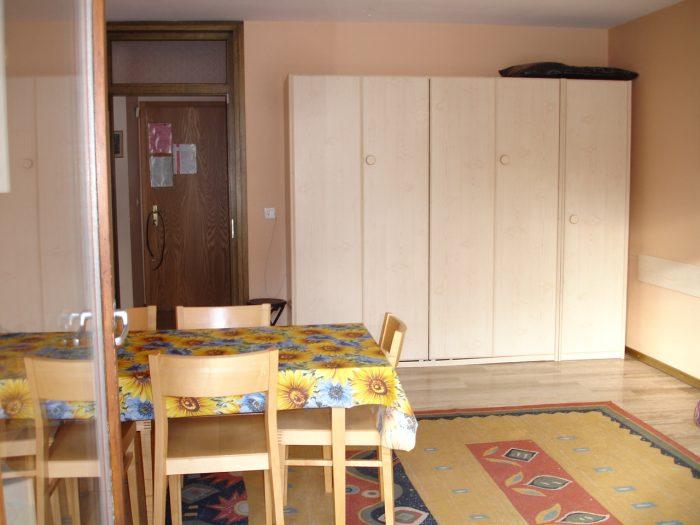 04 -a- 2.5 -Zimmer-Wohnung- Maynezett- 24- Essbereich- Leukerbad -Ferienwohnung- zu- Vermieten