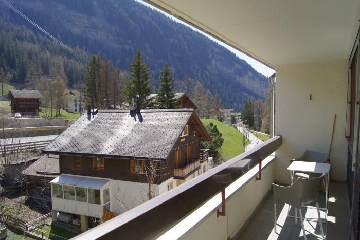 05-g-2.5-Zimmer-Wohnung-Fortuna-304-Terrasse-Leukerbad-Ferienwohnung-zu-vermieten