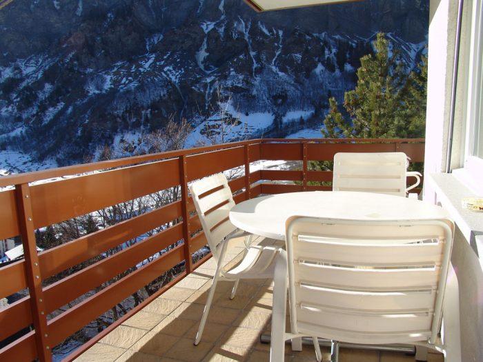 07 -e -2.5- Zimmer-Wohnung- Clabina-19-balkon-b- Leukerbad -Ferienwohnung- zu- vermieten