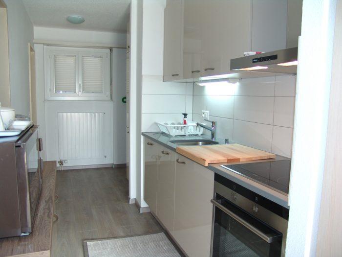 07- f- Appartement- 2.5- chambres -Clabina-19- Cuisine- Loèche-les-bains- appartement- de- vacances- à -louer