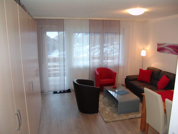 07 -k- 2.5 -Zimmer-Wohnung- Clabina-19-Wohnzimmer- Leukerbad- Ferienwohnung- zu- vermieten