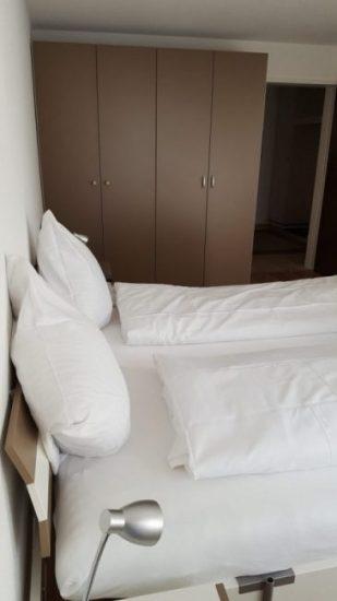 08 -c- Appartement -2.5- Chambre- Royal- 24- chambre- à- couché- Loèche-les-bains -appartement -de- vacances- à -louer 2