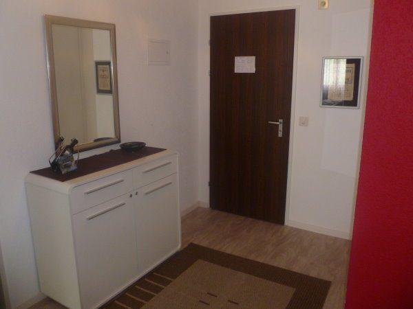08- j -2.5- Zimmer-Wohnung- Royal-24- Eingang- Leukerbad- Fereinwohnung- zu- vermieten