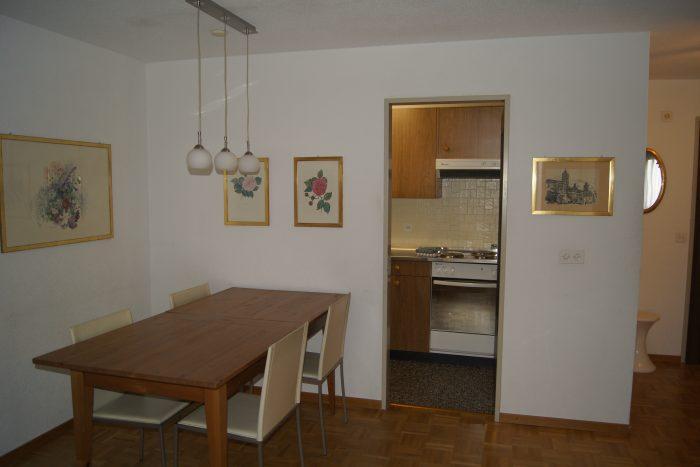 09-e-Appartement-2.5-chambres-Royal-41-Coin-mangé-Loèche-les-Bains-appartement-de-vacances-à-louer