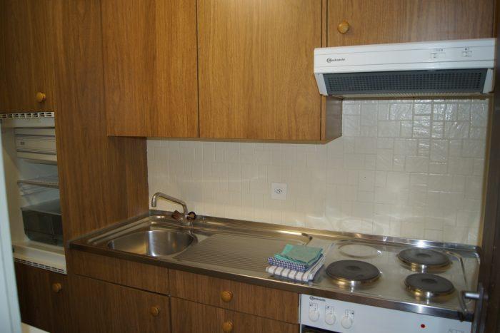 09-f-2.5-Zimmer-Wohnung-Royal-41-Kueche-Leukerbad-Ferienwohnung-zu-vermieten