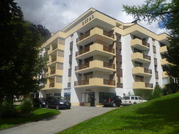 10 -a -Appartement- 2.5- chambres- Royal -50- Immeuble- royal -Loèche-les-Bains- appartement -de- vacances- à -louer