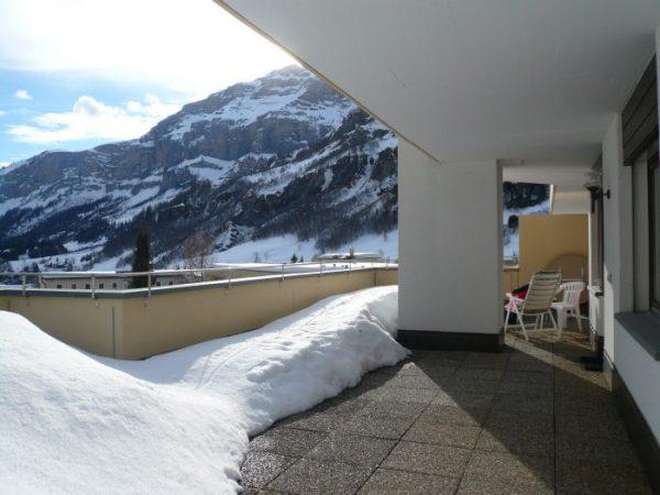 10- h- 2.5- Zimmer-Wohnung- Royal -50-Terrasse -Vorne- Leukerbad- Ferienwohnung -zu- vermieten