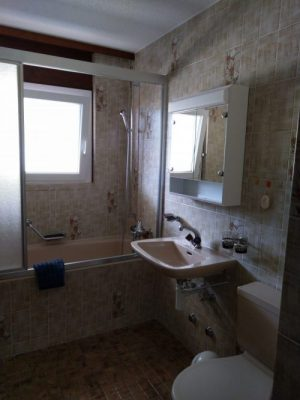 12-d-appartement-2-chambres-royal52-salle-de-bain-loèche-les-bains-appartement-de-vacances-à-oouer