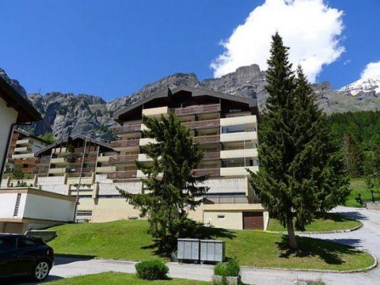 14-g-2.5-Zimmer-Wohnung-Gebaude-Leukerbad-Ferienwohnung-zu-vermieten