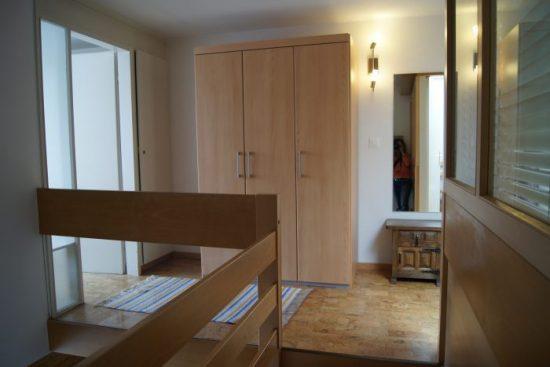 19-f-Appartement-2.5-chambres-Fortuna-312-2ten-Stock-Leukerbad-Ferienwohnung-zu-vermieten