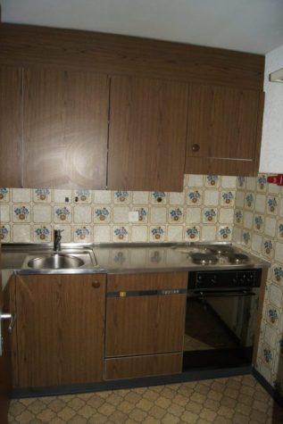 20-c-2.5-Zimmer-Wohnung-Clabina-31-Kueche-Leukerbad-Ferien-Wohnung-zu-vermieten