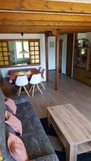 20 -n- appartement -2.5 -chambres- Clabina- 31- Salon -Loèche-les-bains- appartement -de -vacances -à- louer