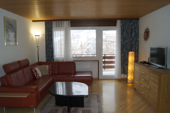 23-f-Appartement-3.5-chambres-Salon-Royal-35-Loèche-les-bains-appartement-de-vacances-à-louer