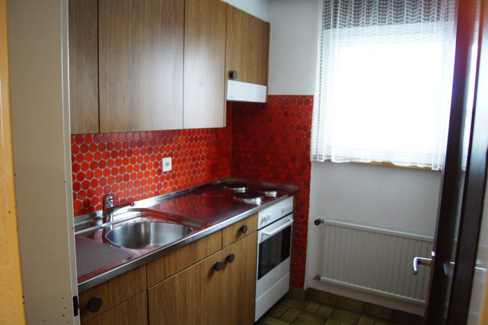 23-i-3.5-Zimmer-Wohnung-Royal-35-Kueche-Leukerbad-Ferienwohnung-zu-vermieten