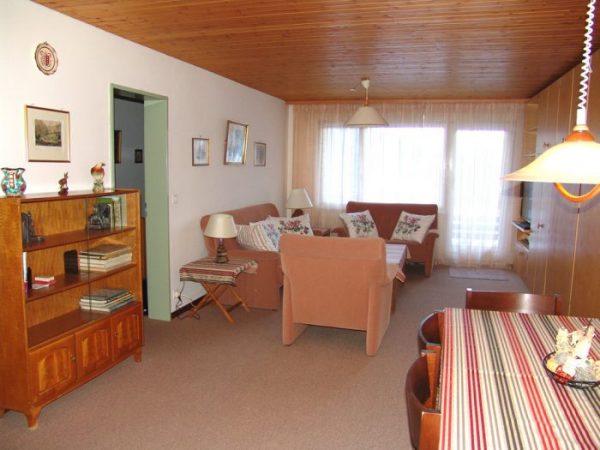 25- g- Appartement- 3.5- chambres-Tschal -10- salon- Loèche-les-bains- appartement -de- vacances- à- louer