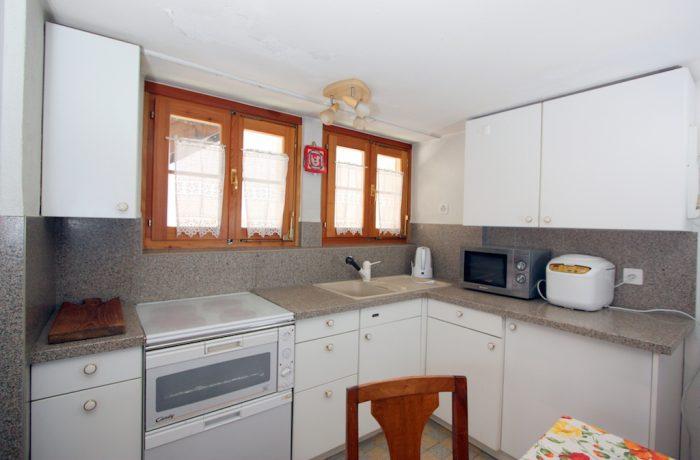 26- b- Appartement- 3.5- chambres-Heimatkunst- Chambre- Loèche-les-bains- appartement- de -vacances- à l-ouer