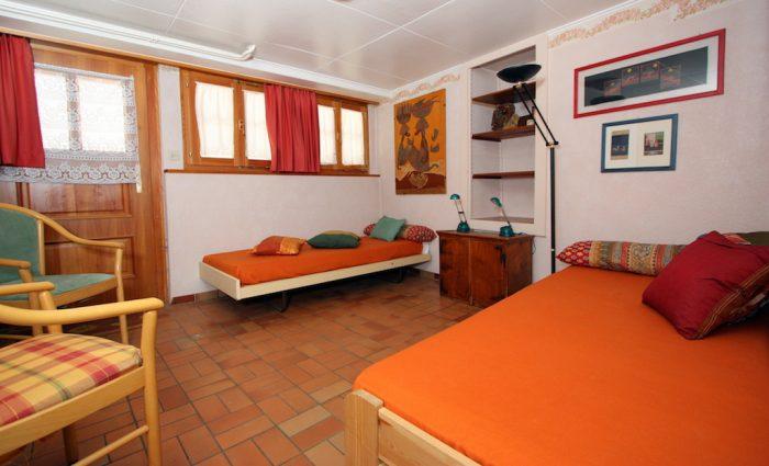 26 -d -Appartement -3.5 -chambres-Heimatkunst -Chambre-Loèche-les-bains -appartement -de- vacances- à- louer