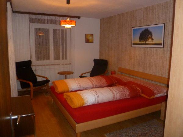 28 -d -Appartement -4.5 -chambres-Royal 32- Chambre -Loèche-les-bains -appartement- de- vacances- à- louer