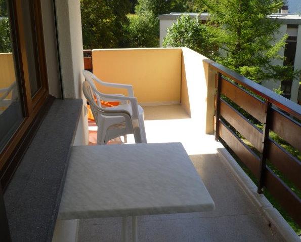 28- f- Appartement- 4.5 -chambres- Royal-32-Terrasse-Loèche-les-bains -appartement -de- vacances- à- louer