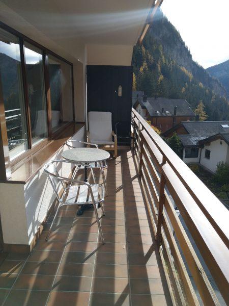 34-j-1-chambre -appartement-Utoring-322-terrasse-appartement-de-vacances-pour-louer-Loèche-les-bains