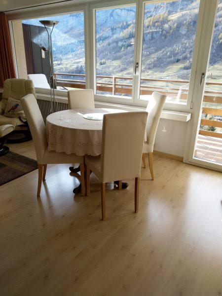 34-k-1-Zimmerwohnung-Utoring-322-Essbereich-Ferienwohnung-zum-vermieten-Leukerbad