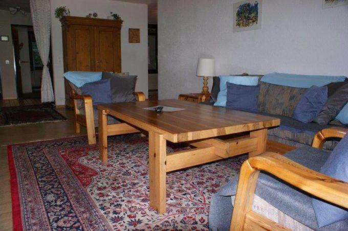 36- c- 4-Zimmerwohnung-Lärchenwald-1706-Wohnstube-Ferienwohnung-zu-vermieten-Leukerbad (3)