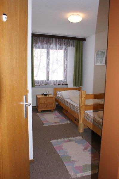 36 -n -4-Pieces-Lärchenwald-1706-Chambre-Appartement-de-vacances-Loèche-les-bains (2)