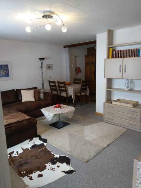 38-h-2-Zimmerwohnung-Lärchenwald-1804-Salon-Verienwohnung-zum-vermieten-Leukerbad